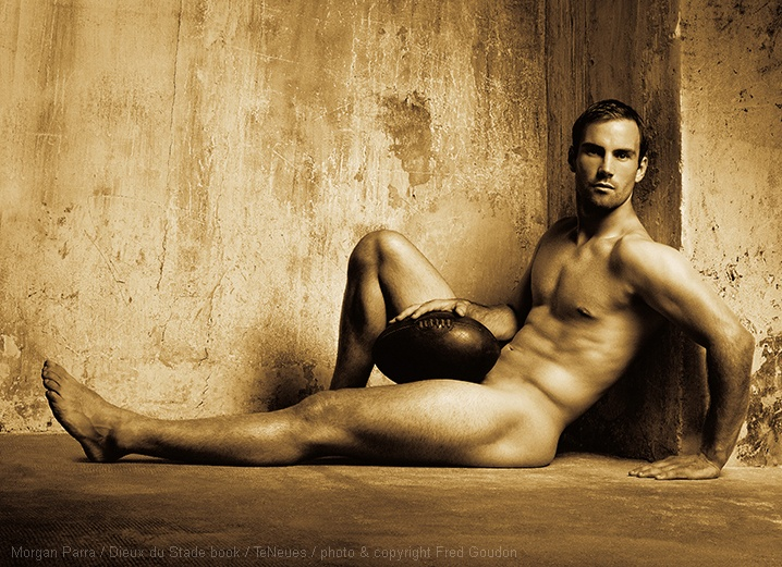 MORGAN PARRA   DIEUX DU STADE BOOK TENEUES photo and copyright Fred Goudon 2