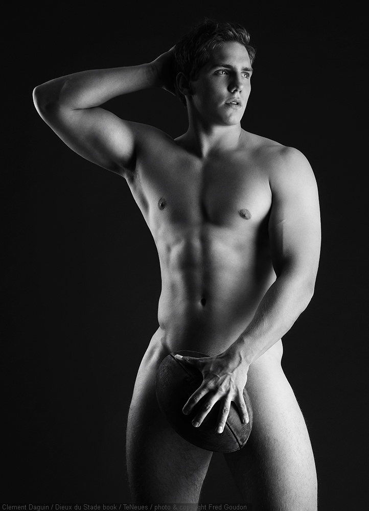 CLEMENT DAGUIN  DIEUX DU STADE BOOK TENEUES photo and copyright Fred Goudon