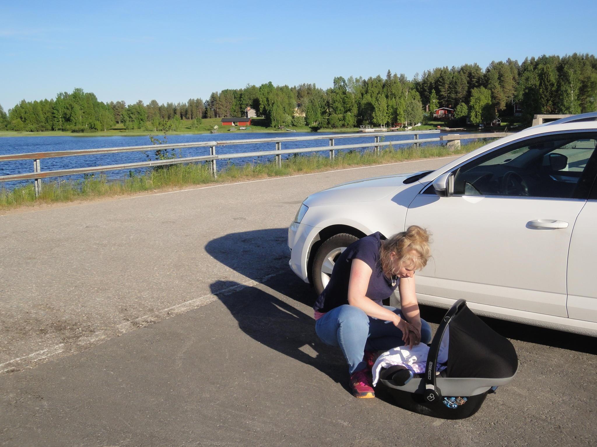 Lapsiperheen lisävarusteet autoon