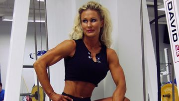 Ihmiset ihmettelivät pientä kokoani ja naisellisuuttani, kehonrakennuksessa kilpaillut Marjo Krishi kertoo.