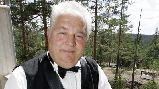 Tangotähti muistelee: Aamuyön puhelu johti elokuvaesiintymiseen - Studio55.fi