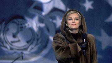 Katri Helena Unicefin konsertissa 1996.