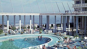Hotelli Phoenicia Beirutissa, Libanonissa vuonna 1964