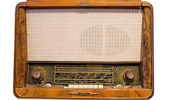 Sodassa taistellaan usein myös radioaalloilla.
