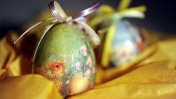 Koristellut munat Pohjois-Euroopan pääsiäisperinteeseen ovat kuuluneet 1500-luvulta lähtien.