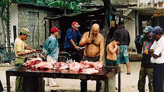 Lihakauppias Kuubassa