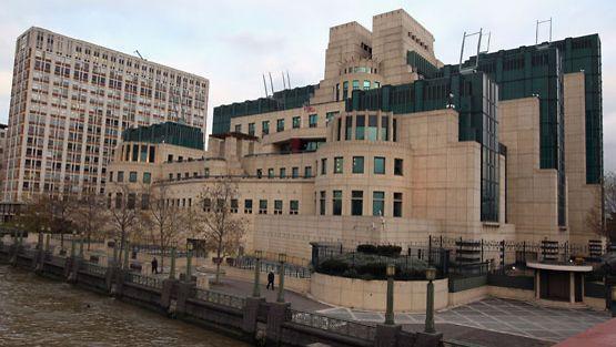 Britannian salaisen tiedustelupalvelun päämaja.