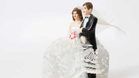 Liisan avioliitto kestää, vaikka matkassa on uusi kumppani.