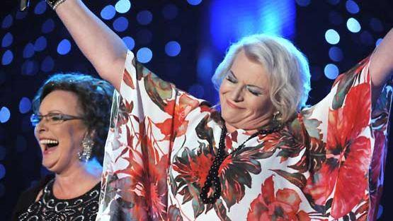 Arja Sipola ja Kaija Pohjola esiintyivät Tangomarkkinoiden 25-vuotisjuhlakonsertissa.
