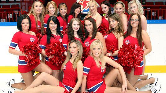 Kookoo Cheerleaders