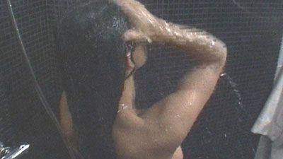 nainen etsii seksiä bb naiset suihkussa