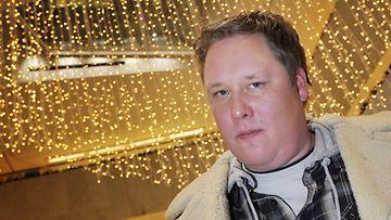 Kirjailija Mikko Rimminen