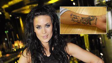 Martina Aitolehden esikoisen nimi komeilee laulajan käsivarressa.