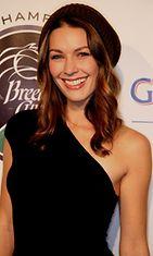 Louise Griffiths on laulaja, malli ja näyttelijä.