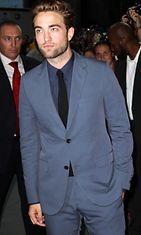 Robert Pattinsonin kasvoilla näkyi häivähdys surua.