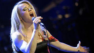 Anna Eriksson konsertoi Helsingin Musiikkitalolla 28.4.2012.