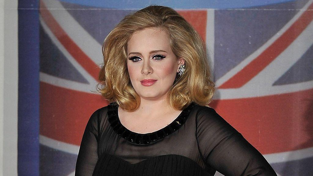Adele ja lapsensa