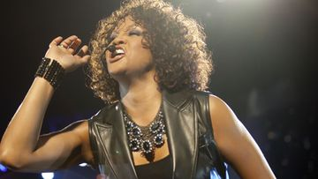 Whitney Houston menehty 11.2.2012.