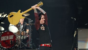 Green Dayn Billie Joe Armstrong riehui perjantaina Las Vegasin keikalla.