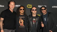 James Hetfield, Kirk Hammett, Lars Ulrich ja Robert Trujillo.