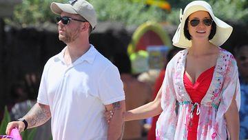 Jack Osbourne ja Lisa Stelly Havaijilla sunnuntaina ennen häitä.