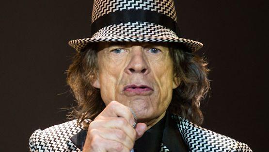 Mick Jagger lukeutuu 60-luvun suosituimpiin miestähtiin.