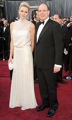 Albert ja Charlene Oscar-gaalassa.