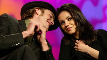 Ashton Kutcher ja Mila Kunis vuonna 2004.