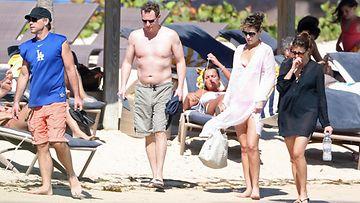Jon Bon Jovi  lomailee Saint Bartsin saarella.