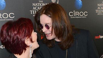 Sharon ja Ozzy hempeilivät Daytime Emmy Awardseissa.