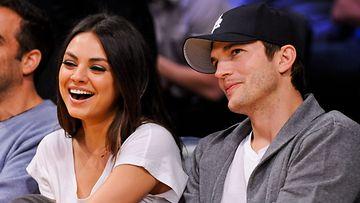 Mila Kunis ja Ashton Kutcher ovat rakastuneita.