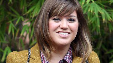 Kelly Clarkson suunnittelee häitään.