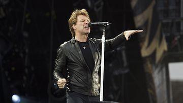 Bon Jovi räjäytti potin Olympiastadionilla.