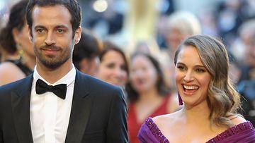 Natalie Portman ja Benjamin Millepied ovat pienen poikavauvan vanhempia.