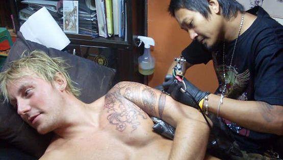 mistä löydän miehen tatuoinnin hinnat