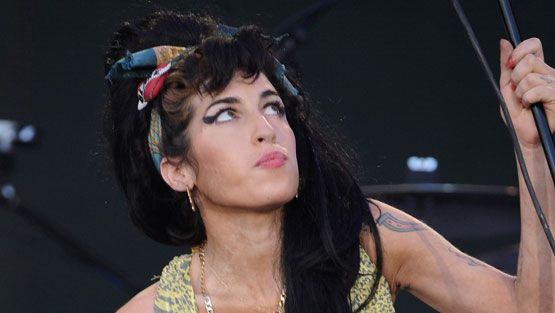 Amy Winehouse (Kuva: Carlos Alvarez/Getty Images Entertainment)
