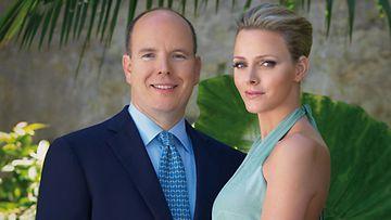 Monacon hallitsija ruhtinas Albert II ja Charlene Wittstock. Kuva: EPA.