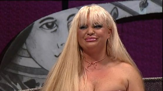kuuma blondi erootisia tarinoita