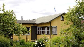 Tarja Halosen mökki Marjaniemen siirtolapuutarhassa. (Kuva: Mikko Stig/Lehtikuva)