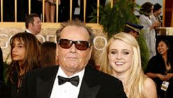 Jack Nicholson toi tyttärensä Golden Globe gaalaan (Kuva: Kevin Winter/Getty Images)
