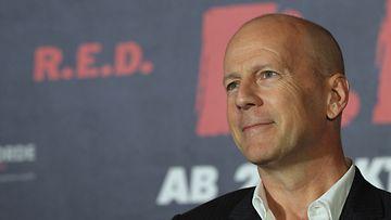 Bruce Willis tähdittää 16 Blocks -elokuvaa.