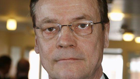 Nimiteltiin sivariksi – Timo T.A. Mikkonen suuttui - Viihde - MTV.fi