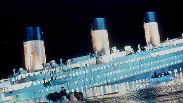 Kuvan alus on vuoden 1997 Titanic-elokuvasta.