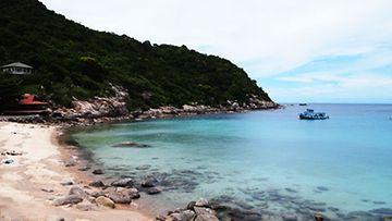 Lähde saarikierrokselle ja tutustu Koh Taon upeisiin rantoihin. Kuvassa Aow Leuk.