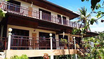 Koh Tao Star Villa sijaitsee Saireen kukkuloilla. Villasta on upeat näköalat merelle.