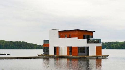 Kelluva Talo