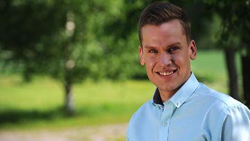 Koko Suomi leipoo -kilpailija Anders Wickström.