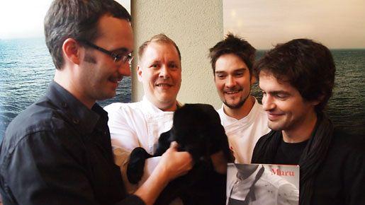 Ravintola Murun Samuil Angelov, Timo Linnanmäki, Henri Alen ja Nicolas Thieulon Muru-kirjan julkistamistilaisuudessa syksyllä 2012.