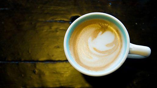 Starbucksin uusi kahviannos ei mahdu edes mahaan.