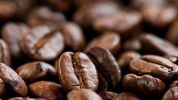 Kahvikin auttaa aivoja.